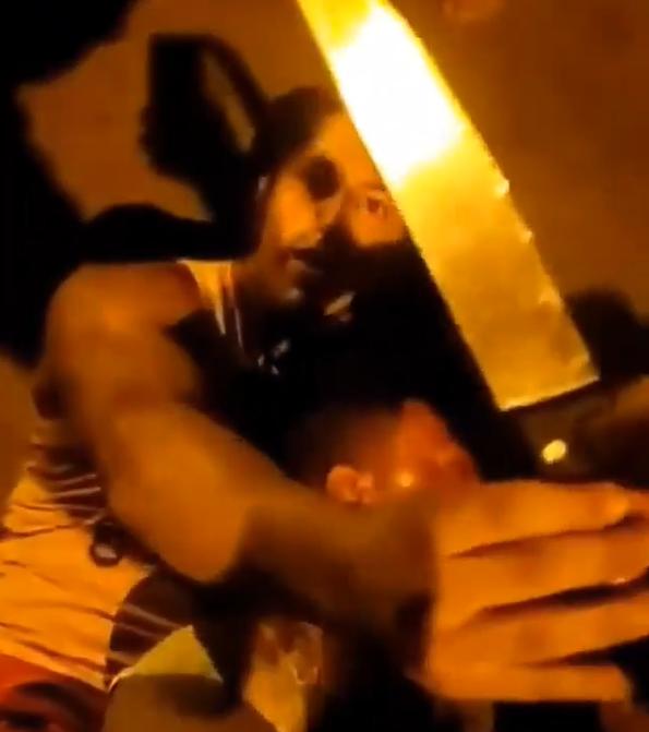 BJJ black belt busted a robber carrying a knife